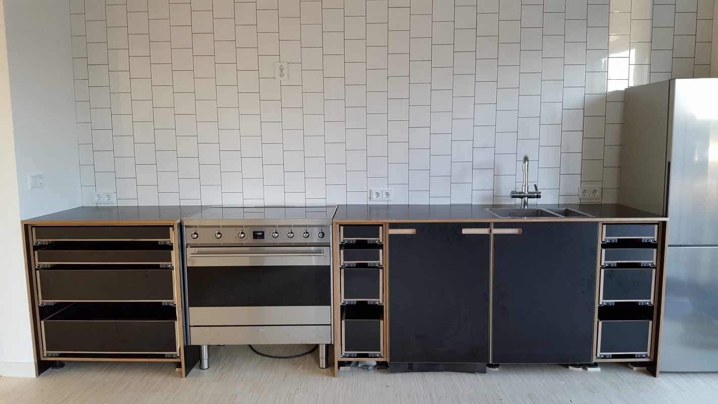 Custom made kitchen in Rijswijk - design and fabrication by Deuvel Design